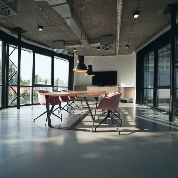 6 escritórios lindos para inspirar a decoração do seu!