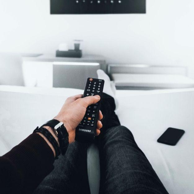 Por que utilizar o SMS marketing para indicar filmes e séries ao seu público