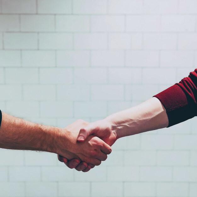 Como você pode fazer campanhas em parceria com outras empresas