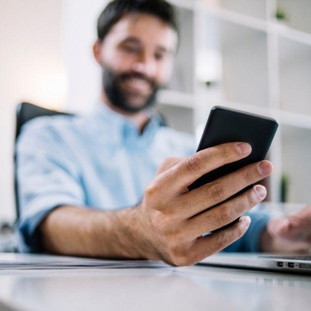 Comunicação por SMS no processo de saída dos seus colaboradores