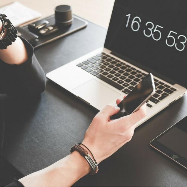 Por quanto tempo duram os créditos de SMS após a compra?
